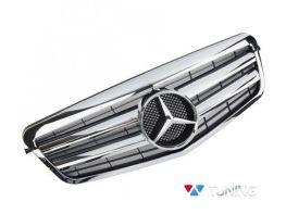 Решётка MERCEDES E W212 (09-13) - CL стиль хромированная