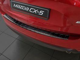 Чёрная накладка на задний бампер MAZDA CX-5 II (2017-) - AVISA