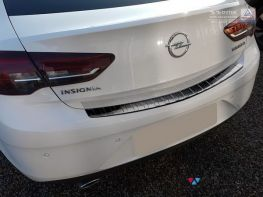 Накладка на бампер OPEL Insignia B (17-) Grand Sport - AVISA чёрная