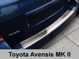 Накладка на бампер стальная TOYOTA Avensis II (03-09) Combi