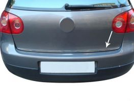 Хром на кромку багажника VW Golf V (03-08) 5D HB