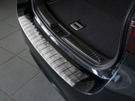 Накладка на бампер TOYOTA Avensis III (15-19) Combi