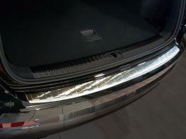 Накладка на задний бампер AUDI Q3 II (18-) - Avisa (сталь)