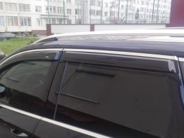 Ветровики VW Touareg III (18-) - Hic (с хром молдингом)