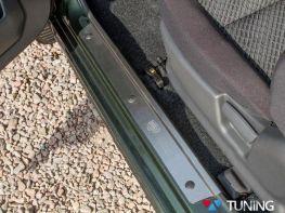 Стальные накладки на внутренние пороги SUZUKI Jimny