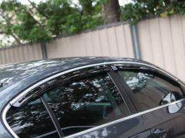 Дефлекторы окон VW Passat B8 (15-) Sedan - HIC с хром молдингом