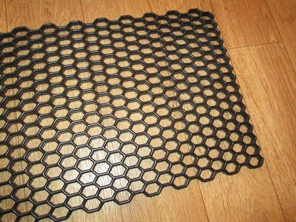 Сетка пластиковая чёрная универсальная для тюнинга - фото #2