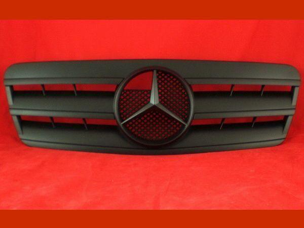 Решётка радиатора MERCEDES CLK W208 - чёрная матовая CL - чёрный логотип 2
