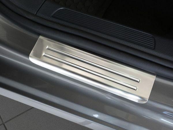 Защитные накладки на дверные пороги VW Golf Sportsvan