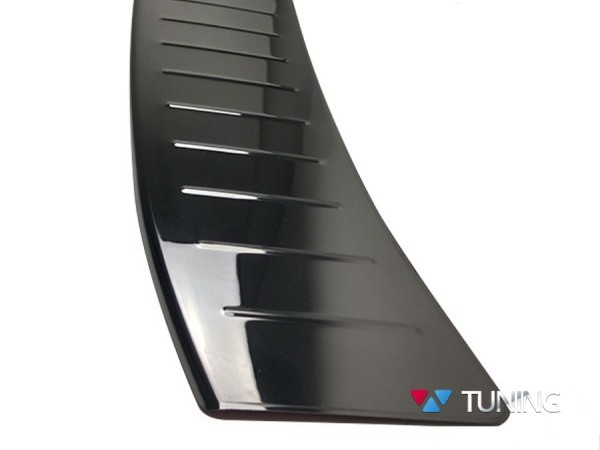 Хром накладка на задний бампер FORD Kuga II (2013-) - OMSA чёрная 4