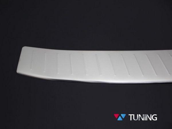Хром накладка на задний бампер FORD Kuga II (2013-) - OMSA - крупный план