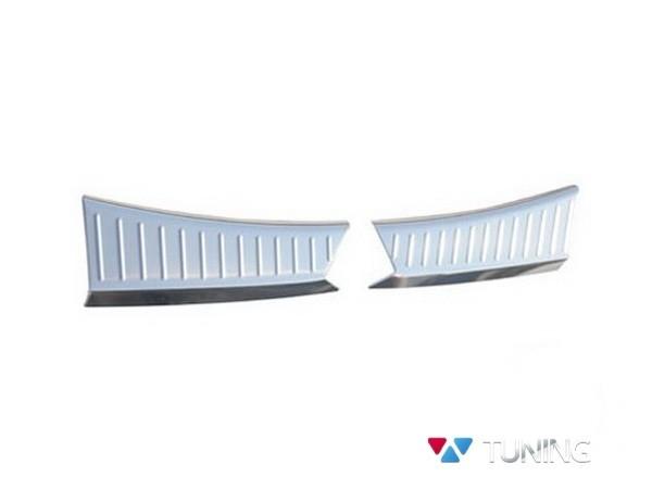 Защитные накладки на порог багажника FORD Kuga II (2013-) - белая 2