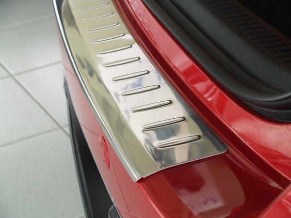 Стальная накладка на бампер TOYOTA Auris II E180 (12-15) 5D
