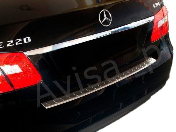 Накладка на задний бампер MERCEDES E W211 Sedan 3