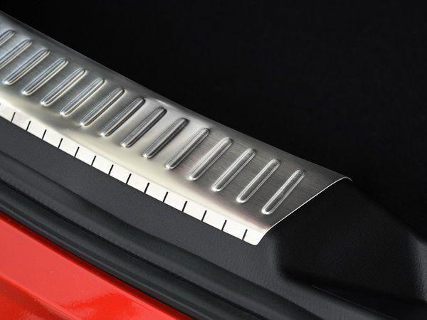 Накладка зоны багажника внутренняя MAZDA 3 BM (2013-) Hatchback