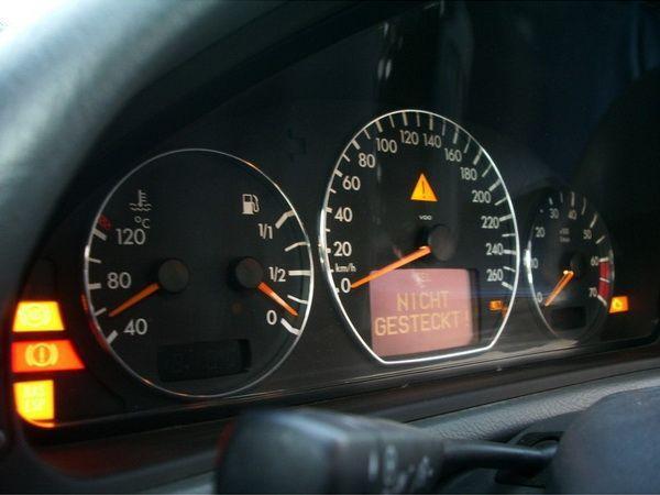 Кольца в щиток приборов MERCEDES W210 (1999-2002) рестайлинг 3