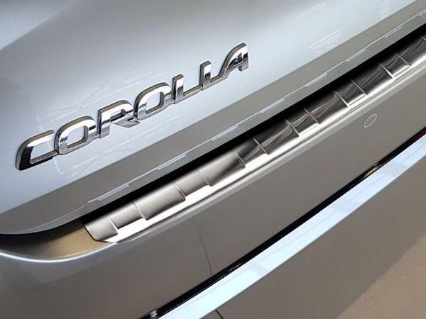 Накладка на задний бампер TOYOTA Corolla XII Combi 5
