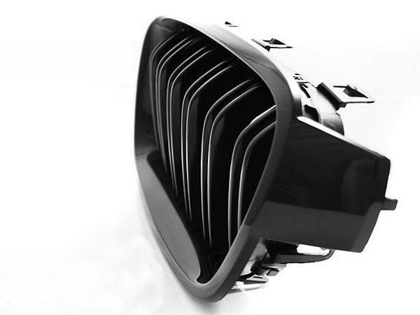 """Решётка (ноздри) BMW 3 F30/F31 (12-) """"M3"""" чёрная глянец"""