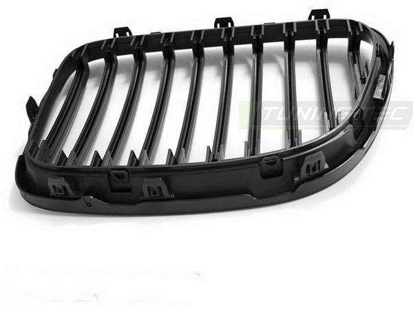 Решётка радиатора BMW X1 E84 (09-12) - чёрная матовая