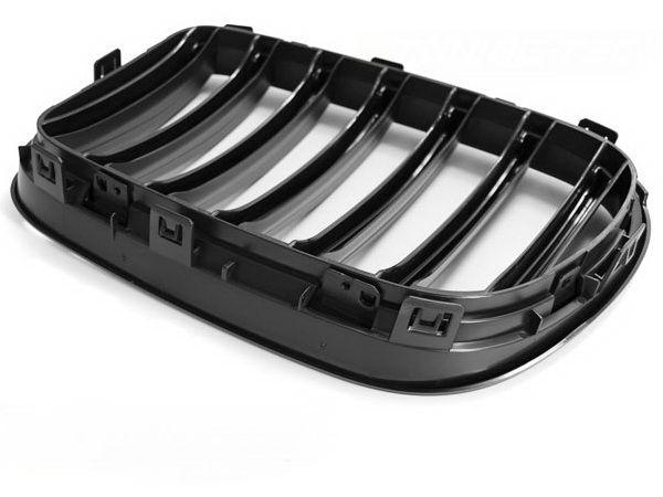 Решётка радиатора BMW X3 F25 (11-14) чёрный мат - вид сзади