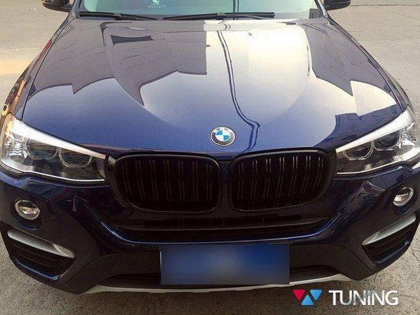 Ноздри BMW X3 F25 / X4 F26 (14-17) - M стиль глянцевые - на автомобиле
