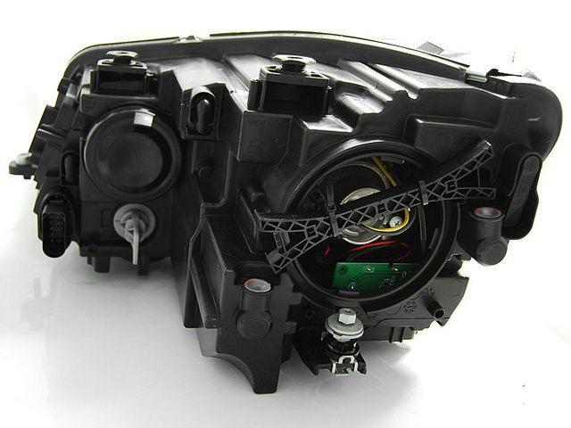 Фары передние VW Touran GP2 (10-15) BLACK TRU DRL вид сзади