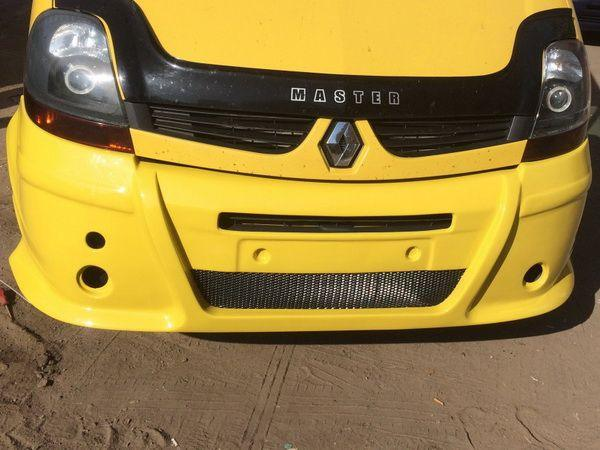 Накладка на передний бампер OPEL Movano A (03-10)