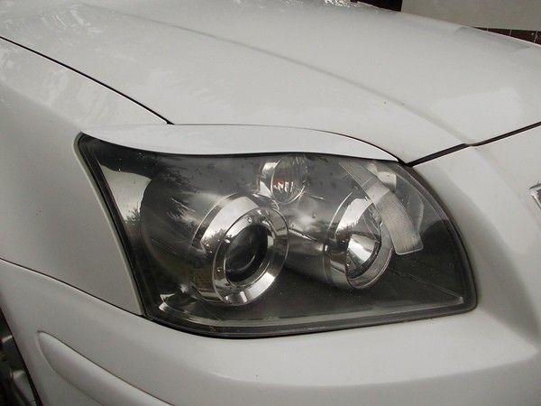 Реснички на фары TOYOTA Avensis II T250 FL (06-09)