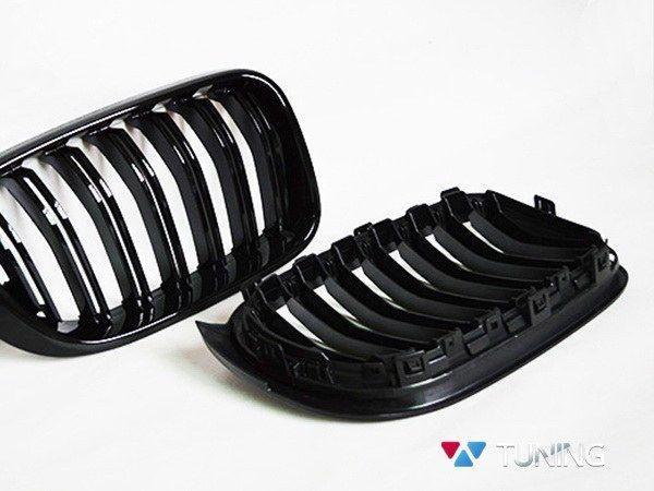 Ноздри BMW X3 F25 / X4 F26 (14-17) - M стиль глянцевые - вид сзади