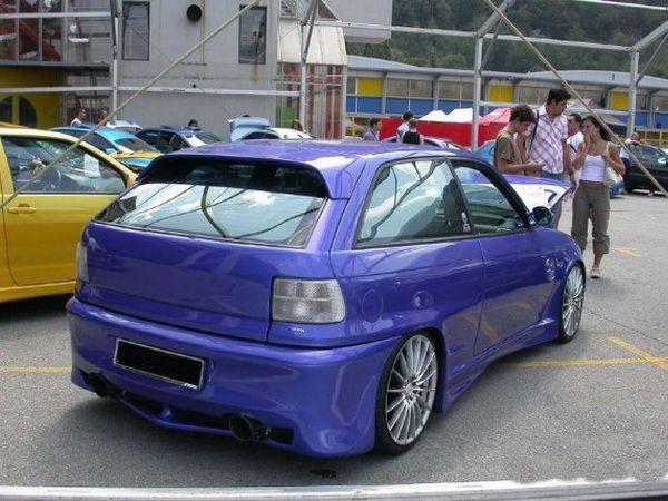 Спойлер - козырёк OPEL Astra F (91-) Hatchback
