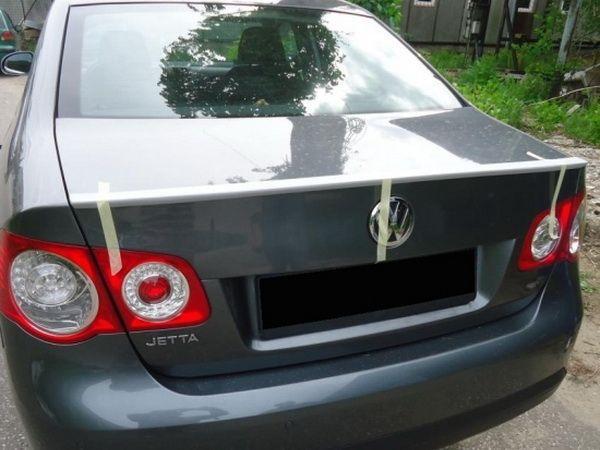 Лип спойлер багажника VW Jetta A5 (05-11) Sedan