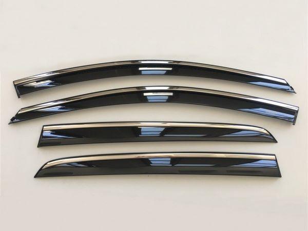 Ветровики с хром молдингом TOYOTA Corolla XI (2013+) Sedan 1