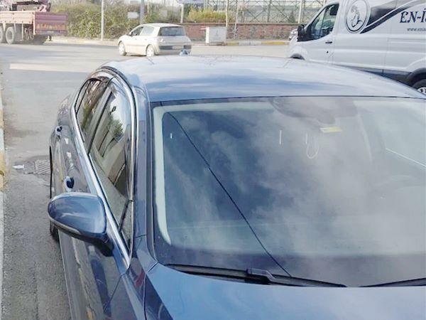 Ветровики с хром молдингом TOYOTA Corolla XII Sedan (Niken) 2