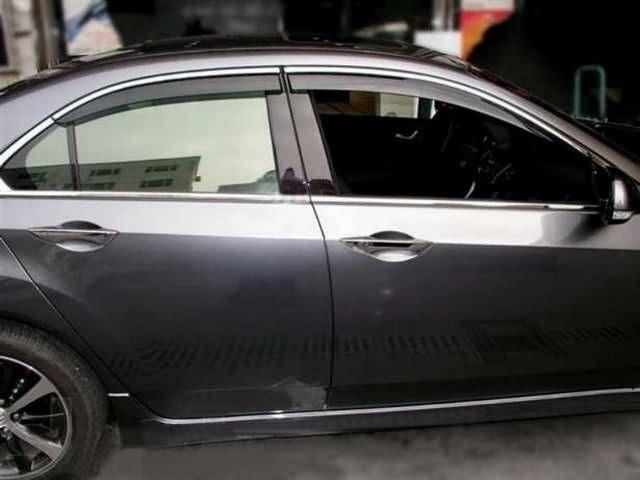 Ветровики (хром молдинг) BMW E60 (2003-2010) Sedan