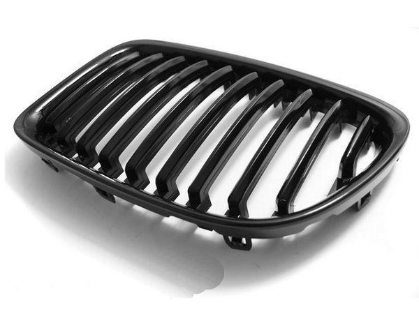 Ноздри BMW X1 E84 (2009-2012) - чёрный глянец