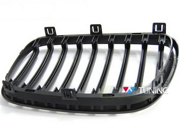 Решётка радиатора BMW X3 E83 рестайл - чёрная матовая