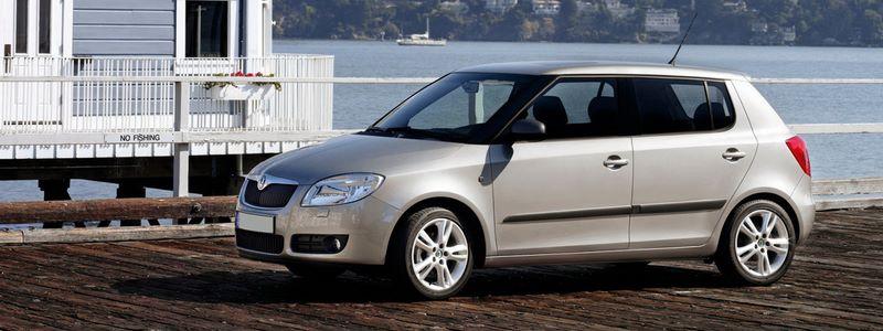 SKODA Fabia II (2007-2010) Hatchback